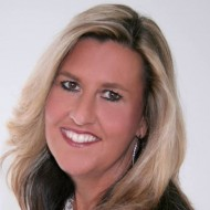 He's still God, even in the valley – Targeting Excellence Call – Guest Laura West